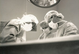 surgeons-at-work-1541753